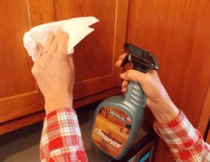 طريقة تنظيف خشب المطبخ من الدهون