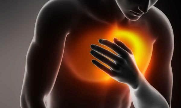 اسباب نغزات القلب عند الزعل وهل هي خطيرة ام لا معلومة