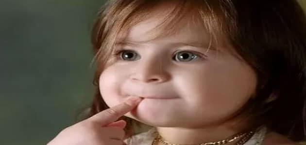 تفسير حلم طفلة صغيرة تضحك للعزباء تفسير حلم طفلة رضيعة للعزباء معلومة