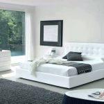 كيفية تنظيف غرف النوم البيضاء