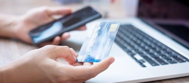 بطاقة ائتمانية مسبقة الدفع في السعودية