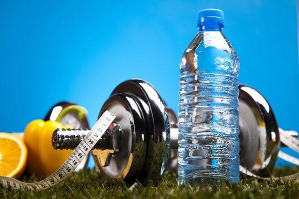 فوائد صيام الماء للبشرة