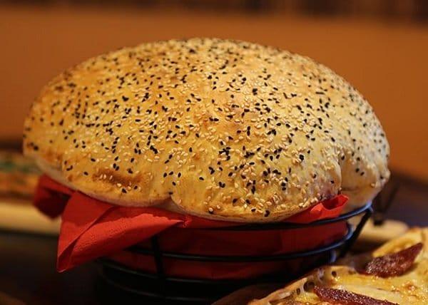 طريقة عمل الخبز التركي المنفوخ