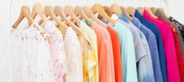شراء الملابس في الحلم